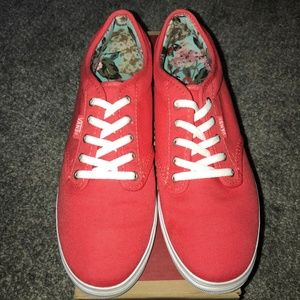 Womens Atwood Low Red Vans